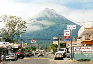 arenal-volcano/