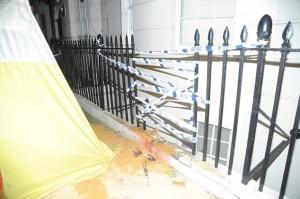 Banker dies on railings