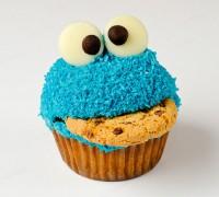 cookie-monster-cupcake