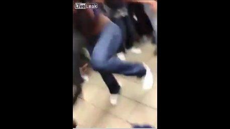 Girl brutally assaults in Brooklyn McDonald's
