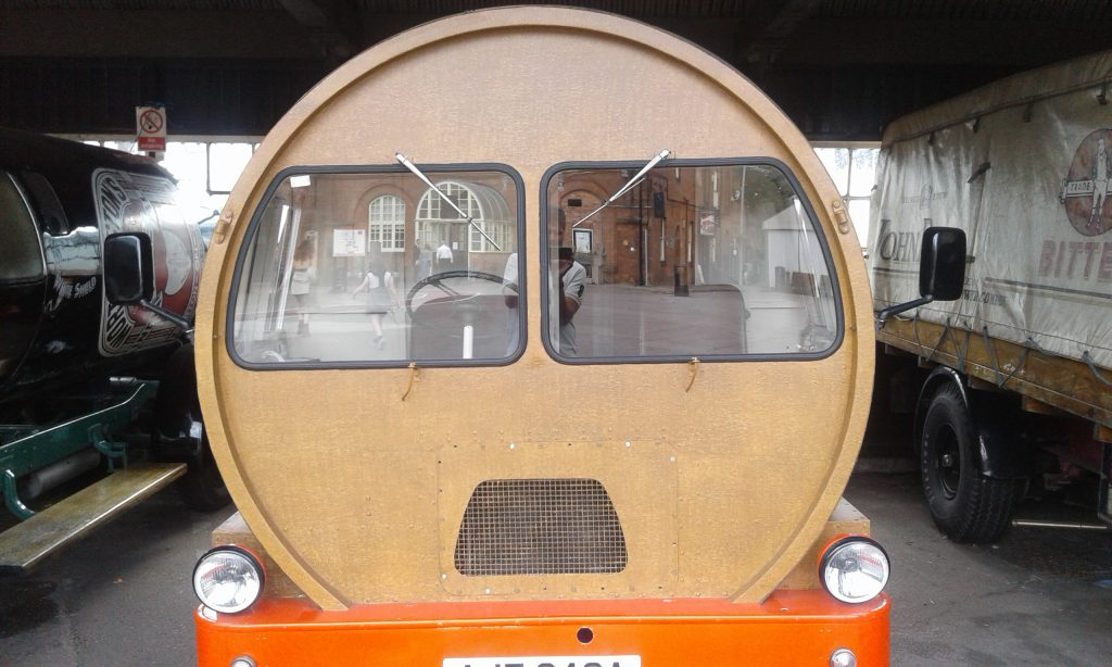 Barrel shaped brewing van