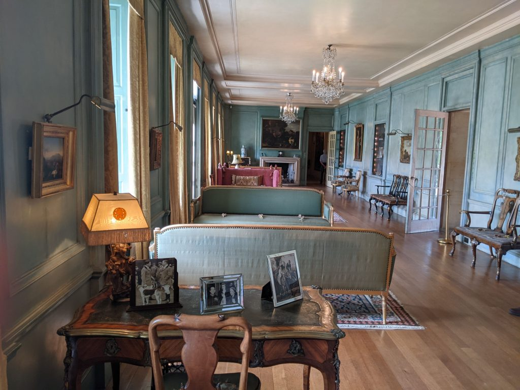Inside Upton Hall study and lounge area
