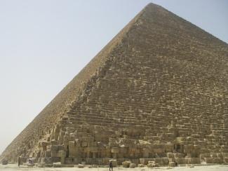 pyramids-giza-IMGP0096JPG_2416011764_l.jpg
