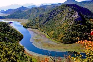 montenegro-rijeka-crnojevica_small0027-779376.jpg