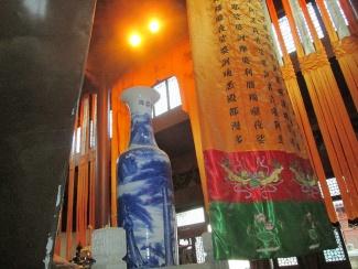Linglin Temple_16227137366_l.jpg