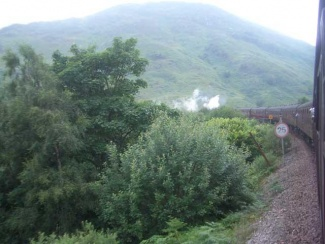scotland_glenfinian-782100.jpg