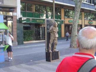 Barcelona_ramblas-763918.jpg